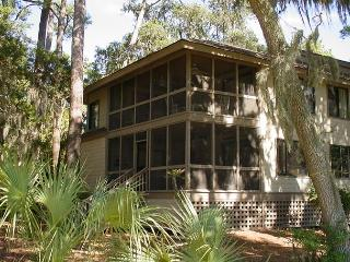 Oak Grove Villa 854 - 2BR/2BA Pet Friendly Condo With Resort Amenities - Edisto Beach vacation rentals