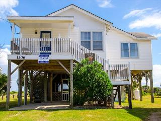 Pause A While - Classic Beach Front Family Home On Edisto - Edisto Beach vacation rentals