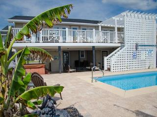 Edisto Oasis - Private Pool, Hot Tub, Beach/Ocean Front! - Edisto Beach vacation rentals