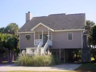 Waller's Hollow - Family Friendly Cottage - Edisto Beach vacation rentals