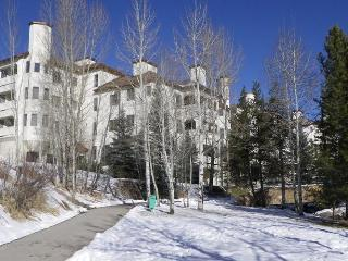 The Terraces, S31. Largest 2BR in complex. Pool - Northwest Colorado vacation rentals