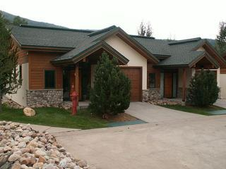 Evergreens 3 BR Townhome - Discount Lift Tix - Image 1 - Steamboat Springs - rentals