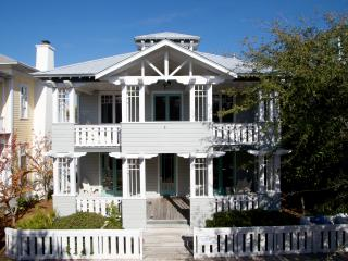 Banana Republic - Seaside vacation rentals