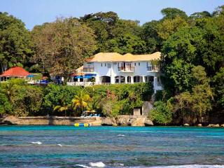 Golden Clouds - Jamaica vacation rentals