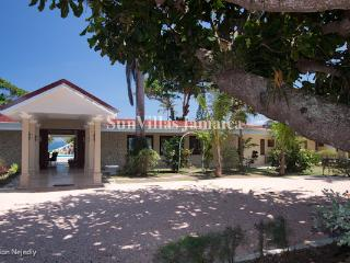 Seven Seas - Jamaica vacation rentals
