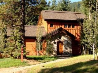 Rock Creek Cottage 18 - Two Bedrooms, 2.5 Bath Cottage. Sleeps 6. Pet Friendly. - Tamarack vacation rentals