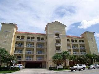 Bay Harbor 401 - 4th floor corner condo with free WiFi & bayfront pool! - Clearwater Beach vacation rentals