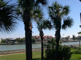 Lands End 1-206  Beautiful bay view condo with two private balconies! - Saint Petersburg vacation rentals