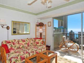 Waikiki Park Heights #1710 - One-bedroom with ocean view and central AC; 10 min. walk to beach. Sleeps 4. - Waikiki vacation rentals