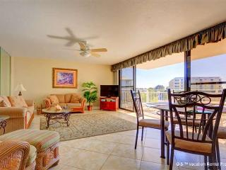 House of Sun 307 Siesta Key, Large Heated Pool, Gulf View, Wifi - Siesta Key vacation rentals