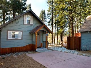Craftsman style cabin with views on the river! - South Lake Tahoe vacation rentals