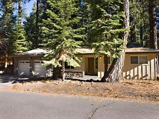Pleasant one story house, pet friendly and conveniently located! - South Lake Tahoe vacation rentals