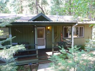 Great family home + studio - a/c, deck, pool table, internet - Twain Harte vacation rentals
