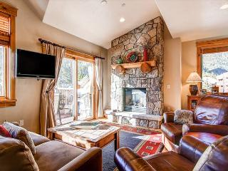 Mt Victoria Lodge Luxury Three Bedroom WIFI Elevator Hot Tub Frisco Lodging - Frisco vacation rentals