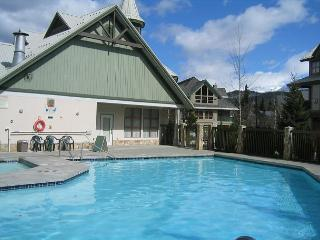 Northstar 1 bdm fullly self contained townhouse, pool, hot tub, free internet - Whistler vacation rentals