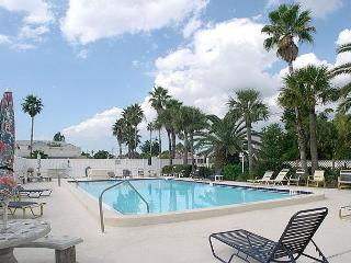 Madeira Place 303 Gulf view condo near John's Pass Village  Pool, BBQ & Wifi - Saint Petersburg vacation rentals