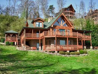 The Mountaintop Lodge You've Dreamed About!  Privacy and Amazing Views!  LKLG - Sevierville vacation rentals