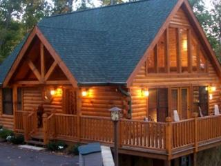 This is That Amazingly Romantic Getaway Cabin!  Say Wow!  RENDVS - Sevierville vacation rentals