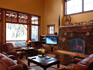 Entertain in style - Moving  Mountains