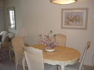 Dinning - Anglers Cove E501 - Marco Island - rentals
