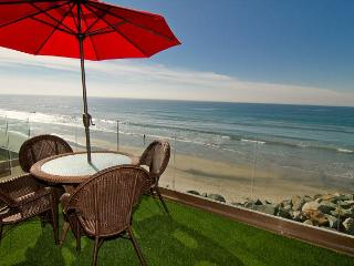 Beachfront Retreat with Rooftop Deck P518-1 - Oceanside vacation rentals