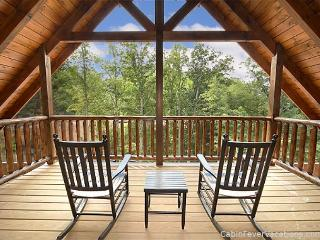 3 King Master Suites, Home Theater with 8 Foot Screen and Standup Arcade Game - Gatlinburg vacation rentals