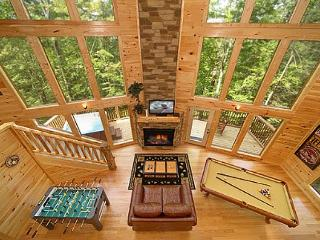 2 Bedroom Cabin with 28 Foot Wall of Glass Great Room and 18 Foot Rain Shower - Gatlinburg vacation rentals