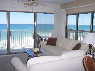 ETW 3007: Custom floorplan! Wireless Internet, HDTV, pool, FREE BEACH SERVICE - Fort Walton Beach vacation rentals