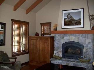 Rock Creek Cottage 13 - Two Bedroom, 2.5 Bath Cottage. Sleeps 6. - Tamarack Resort vacation rentals