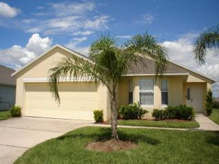 Beautiful 4BR house just off of the highway - MJD615 - Davenport vacation rentals