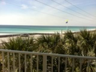 Summerspell 301 **DISCOUNTED SPRING RATES - EMAIL US TODAY**AWESOME VIEWS, FABULOUS SUNSETS AND WELL APPOINTED CONDO**JUST STEPS - Destin vacation rentals