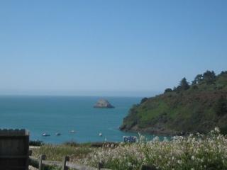 Harbor Heights - Ocean & Bay Views with Beach Trail and Jacuzzi - North Coast vacation rentals