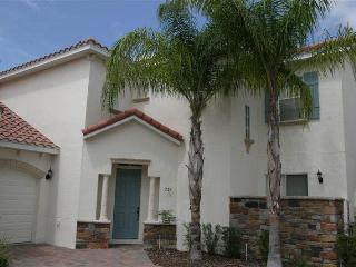 Huge 5BR 3.5B that sleeps 12 w/ pool and spa - T731BD - Davenport vacation rentals