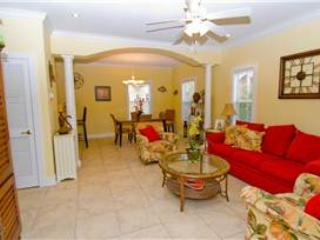 THE SEA ROBIN 11A - Pensacola vacation rentals