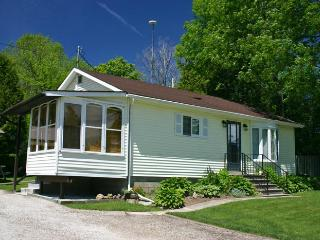 Adagio Cottage (#266) - Wiarton vacation rentals
