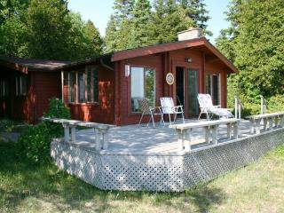 Peaceful Reflections cottage (#410) - Ontario vacation rentals