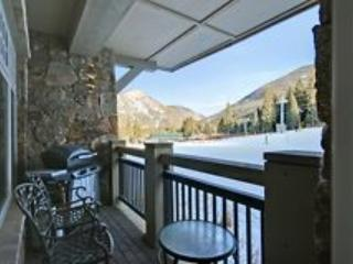 Your gorgeous private deck...Slope Side!  - Lone Eagle (3000) - Keystone - rentals
