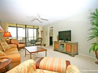 Gulf and Bay Club 204C, Beach Front, 3 pools, spa, wifi - Siesta Key vacation rentals