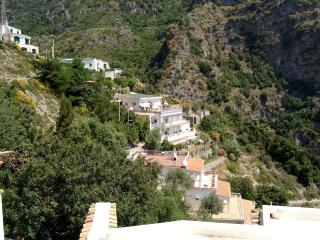 Apartment Rental in Campania, Praiano - Casa Bussola - Campania vacation rentals