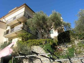 Apartment Rental in Liguria, Rapallo - Casa Costiera - Rapallo vacation rentals