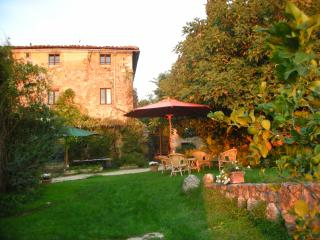 Farmhouse on Historic Estate in the Chianti - Monteriggioni - La Casa - Monteriggioni vacation rentals