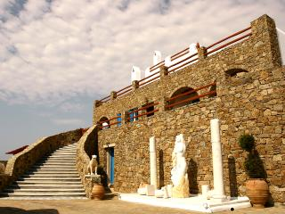 Luxury Villa on Mykonos Within Walking Distance of the Beach - Villa Delphinus - Ano Mera vacation rentals