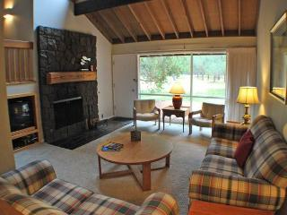 #74 Meadow House Condo - Sunriver vacation rentals