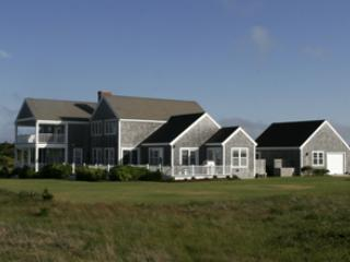 Charming House with 5 BR-5 BA in Nantucket (3516) - Image 1 - Nantucket - rentals