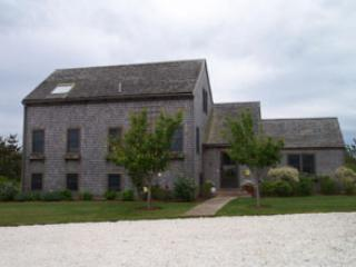 4 BR/4 BA House in Nantucket (8154) - Image 1 - Nantucket - rentals