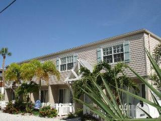 Anchors West - Holmes Beach vacation rentals