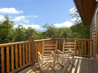 5 Bedroom Gatlinbug Cabin with Home Theater Room - 9 Foot Theater Screen - Gatlinburg vacation rentals