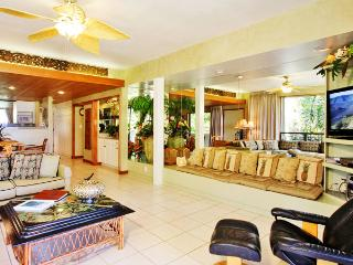 Ocean Front 3 Bedroom Luxury Condo Unit 18 - Kahana vacation rentals