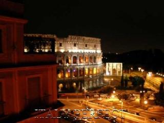Large Terrace, Dramatic Coliseum View- Magnifico - Rome vacation rentals