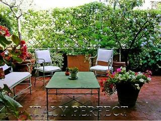 Luxury Spanish Steps Elegant Large Garden Terrace - Rome vacation rentals